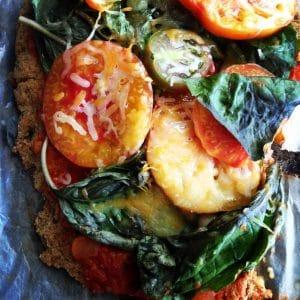 {EAT} Gluten Free/Vegetarian Cauliflower Pizza Recipe