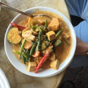 Paleo Slow Cooker Pumpkin Curry With Tofu