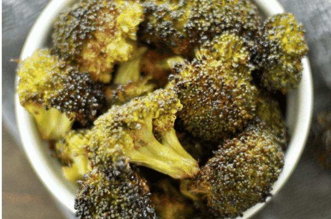 Oven roasted crispy broccoli (1)